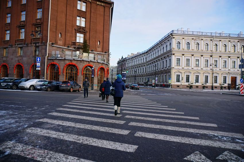Building Exterior Real People Architecture Built Structure Men City Lifestyles Outdoors Walking Day Full Length Women Leisure Activity Travel Destinations Large Group Of People Sky Adults Only Adult People Crossing The Street Signal Saint Petersburg
