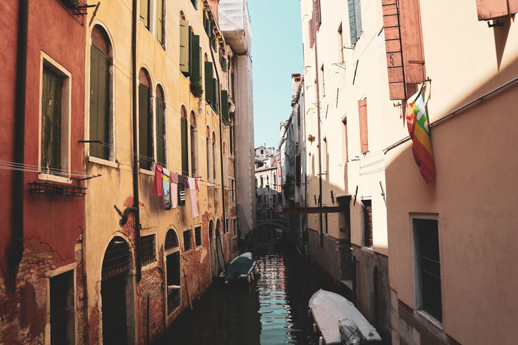 Venezia canals EyeEm Selects City Water Window Sky Architecture Building Exterior Built Structure Gondola - Traditional Boat Gondolier Canal Wooden Post Narrow Veneto Venetian Lagoon Venice - Italy Grand Canal - Venice Pathway Gondola Long Walkway