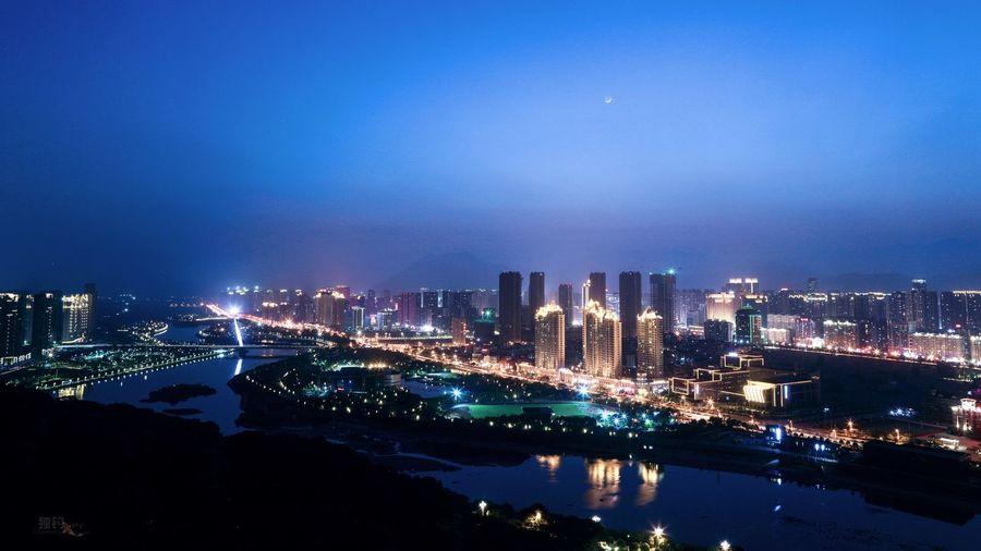 夜景 Illuminated