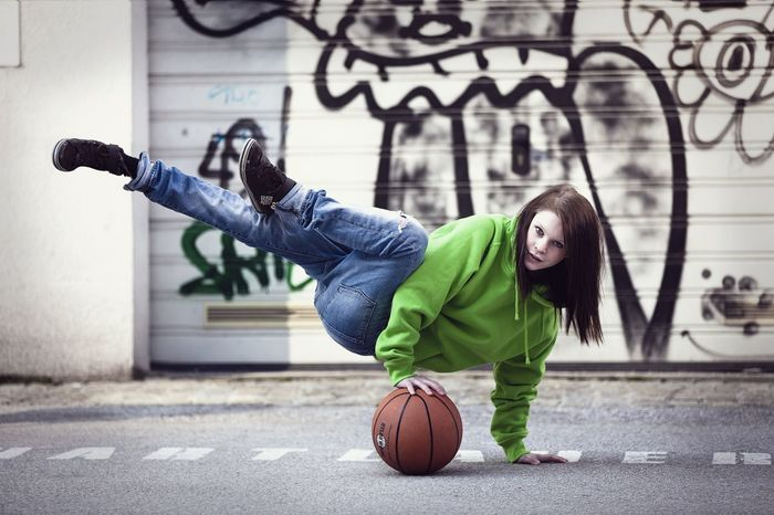 Basketball Casual Clothing Fitness Girl Leisure Activity Move Outdoors Ph-foto Sport Sports Street Photography Streetlife Streetphotography The Street Photographer - 2016 EyeEm Awards
