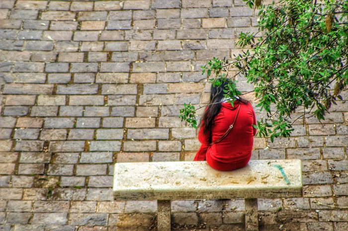 Waiting for you Italy🇮🇹 Sohan Alone Alone Time Girl Alone Girl EyeEm Selects Waiting Girl Alone In The City  Alone In The City  Red Flower Plant Creeper Plant Brick Wall Adventures In The City Going Remote Visual Creativity EyeEmNewHere #FREIHEITBERLIN The Traveler - 2018 EyeEm Awards