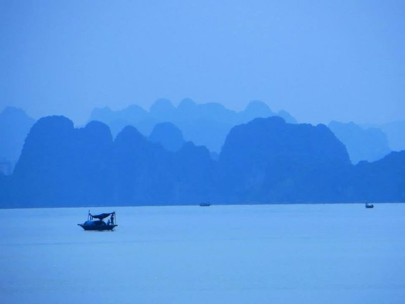Vietnam Halongbay Traveling Halong Boat Blue Southeastasia ASIA Asian Culture