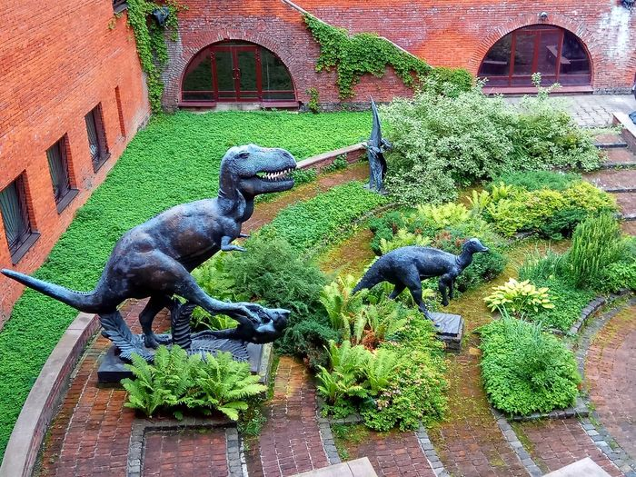 Animal Representation Day Statue Architecture Built Structure Plant Outdoors No People Animal Themes Green Color Building Exterior Sculpture Nature Water Mammal Bird Dinosaur Dino's Photography Green Green Green!  Nature Beauty In Nature