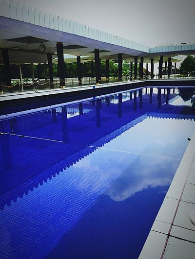 National Mosque Malaysia 🕌 Check This Out Relaxing Taking Photos Malaysia Pool Noswimming Blue Awesome Throwback Beutiful Place  Holy Pointofinterest Pointofview Water Fun Travel IPhoneography Architecture