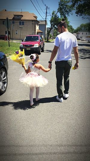 Me and my beautiful neice after her ballet recitl Enjoying Life Flowers Beauty In God Note 5 Samsungphotography Note 5 Photography Manbun God Is Good Gentleman  Fatgirlandfatguy