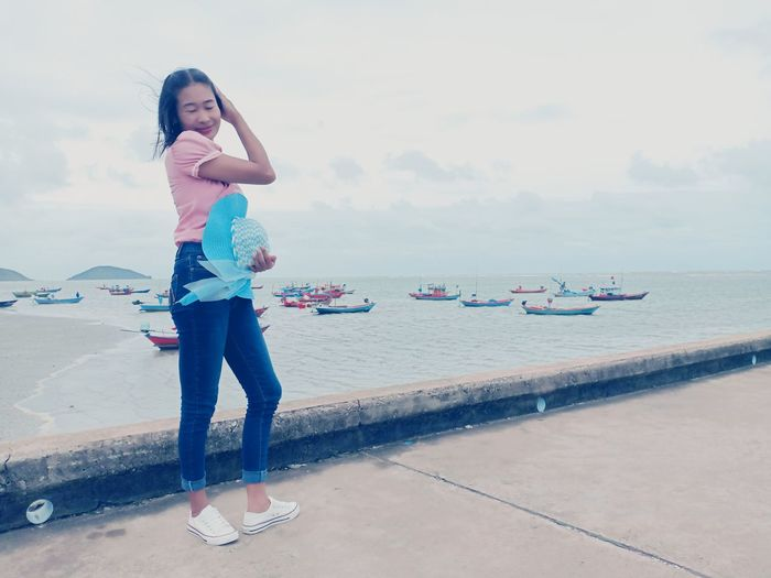 Full Length Sea