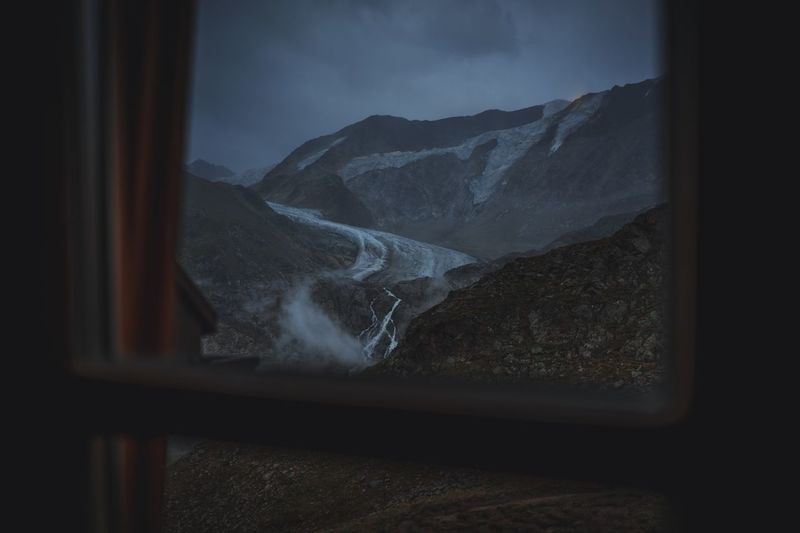 Glacier view from mountain cabin Mood Hiking Taschachferner Taschachferner Gletscher Glacier Window Mountain No People Indoors  Nature Beauty In Nature Day Scenics Water Close-up Sky