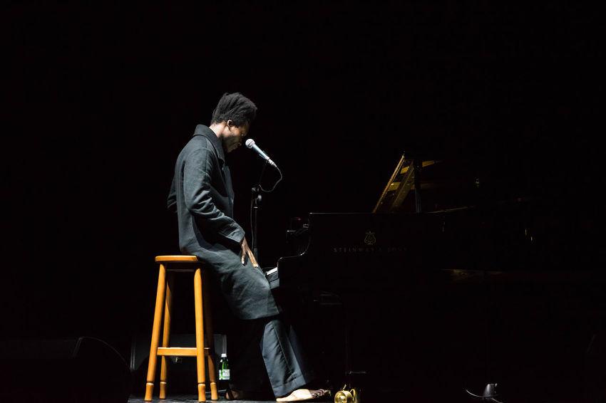 Benjamin Clementine Black Background Con Concert Dark History Men Night Performance Person Sky Standing Studio Shot