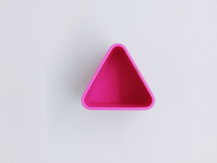 Pinky Upload Button in the white background EyeEmNewHere Up Arrow Triangle Shape Triangles Triangles ▲ Pink Color Pink PINKY Upload Uploading Photos Upload Button White Background White Background Studio Shot Red Pink Color Triangle Shape Close-up Geometric Shape Single Object Triangle Shape Geometry Pyramid Diamond Shaped Architectural Detail