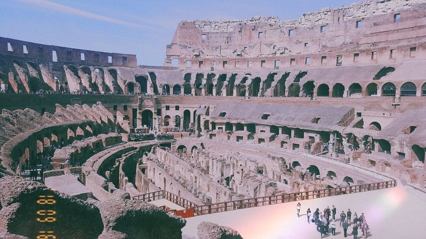 wow wow wow 😍 Love ♥ Life Happiness Europe Coliseum Rome Perfect Italy King - Royal Person Ancient Civilization Photograph City Ancient History News Event Sky