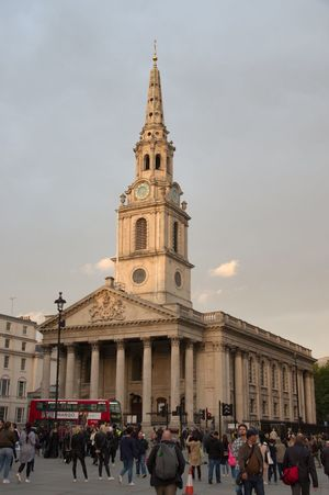The church of St. Martin-in-the-Fields, Trafalgar Square, London, UK Architecture Architecture_collection Church London Place Of Worship St. Martin-in-the-fields Building Churches Historical Monument Spire  Streetphotography Trafalgar Square DSLR Pentax Pentax K-3 Dslrphotography Church Architecture