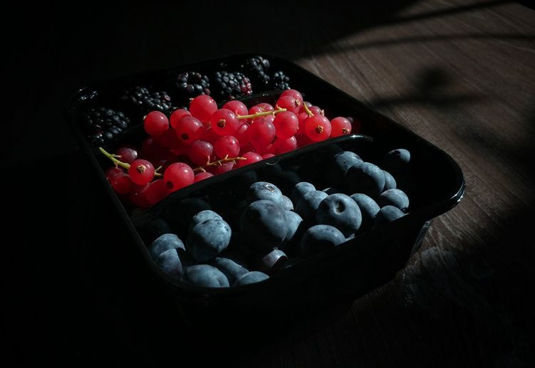 Eyeem Philippines Lights And Shadow Lights And Shades EyeEm Best Shots EyeEm Gallery EyeEm Selects Natural Lights StillLifePhotography Fruit Red Dessert Close-up Sweet Food Raspberry Blueberry Berry Fruit Blackberry - Fruit Blackberry
