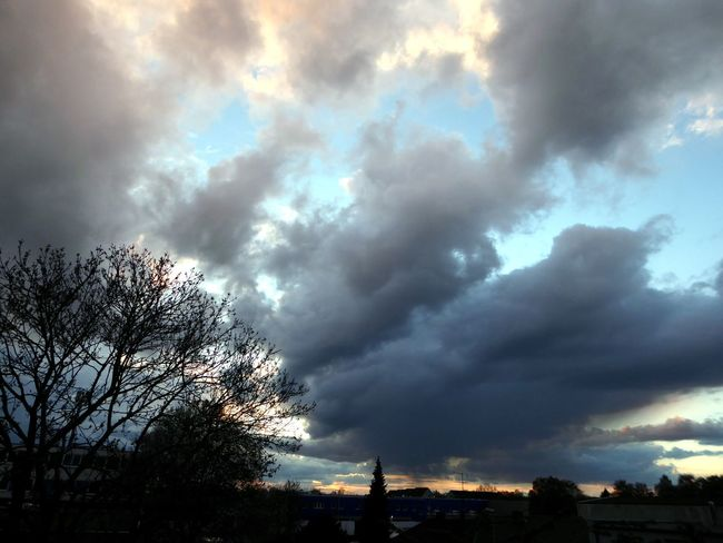 Sky This Evening Beetween Dark Clouds I See Always A Bit Blue Sky🦄 Dramatic Sky Beauty In Nature Cloud - Sky Tranquility Enjoying The View Enjoyinglife  For My Friends 😍😘🎁 Eye4photography  Simple Beauty View Through My Window Nature