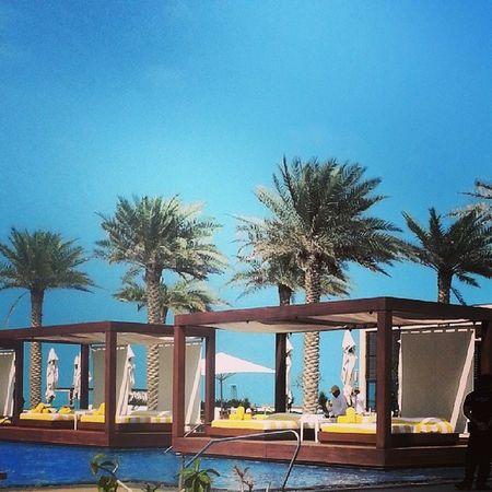 Beach Saadiyat Abudhabi UAE monte_carlo pool relax