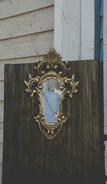 Mercantic Wood - Material Door No People Close-up Outdoors Day Antiques Antiques Market Antiques Photography Mercantic Mirror Old Mirror Building Exterior Furniture Restoration EyeEmNewHere