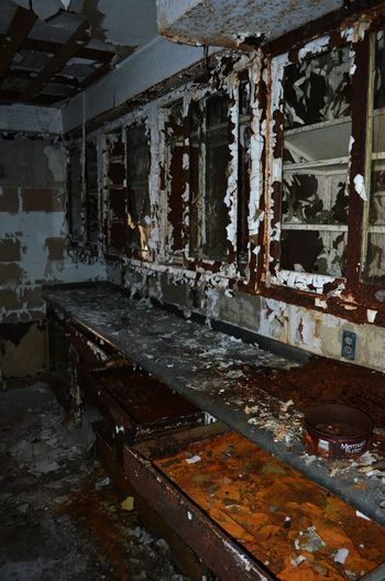 Abandoned Places Architecture Asylum Bad Condition Damaged Deterioration No People Obsolete Run-down