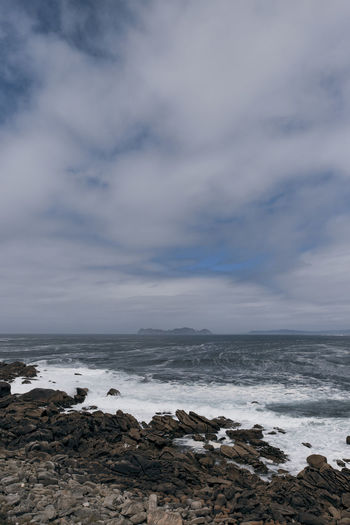 Beach Beauty In Nature Cloud - Sky Day Horizon Horizon Over Water Land Nature No People Outdoors Power In Nature Rock Rock - Object Rocky Coastline Scenics - Nature Sea Sky Solid Tranquil Scene Tranquility Water