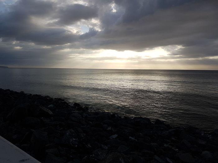 Sea Beach Horizon Over Water Water Sun Sunset Tranquility Cloud - Sky Dramatic Sky Scenics Sky Nature Tourism No People