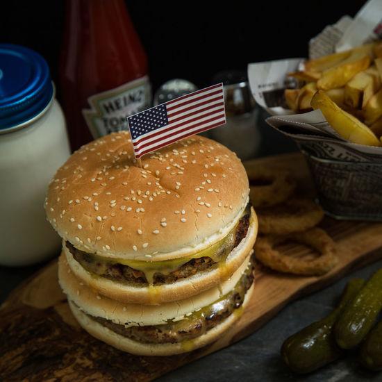 Cheeseburger meal Burger Cheesebuger Chips Fast Food Food Food And Drink Freshness Hamburger Indulgence Ready-to-eat Table Unhealthy Eating