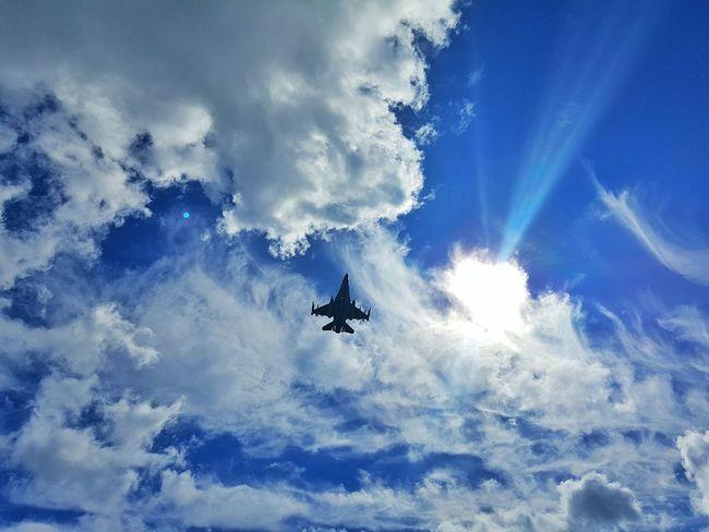 F16 F16fightingfalcon Military Airplane Jetplane Aircraft Blue Sky