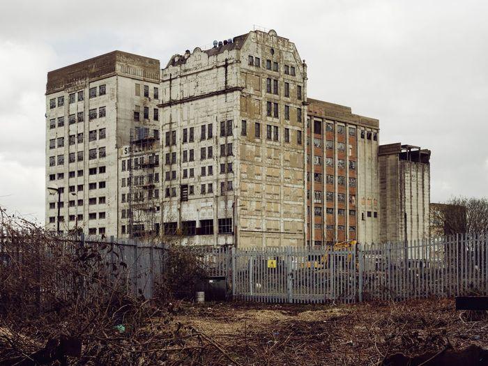 Millennium Mills, London. London Architecture_collection Architecture Architecturelovers Abandoned Eyem_abandonment Derelict & Abandoned Artdeco