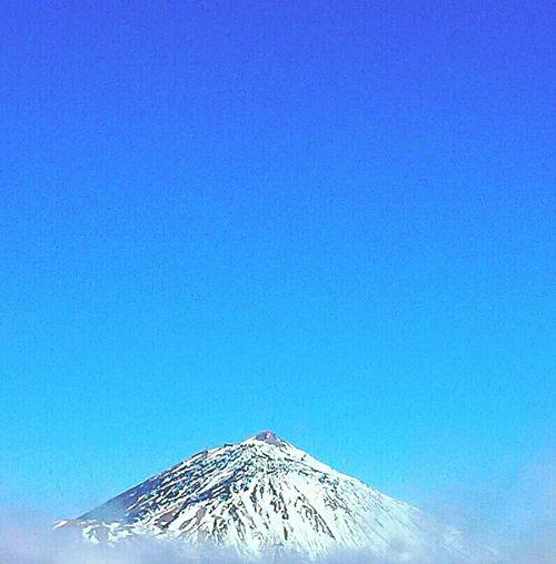 Relaxing Blue Blue Sky Light Bluesky Blue Color No People Teide National Park Teide Mountain Mountain View Mountains And Sky Mountain Peak Volcán Volcanic Island Volcan Teide Tenerife Tenerife Island Teneriffa TenerifePlayaYMontaña