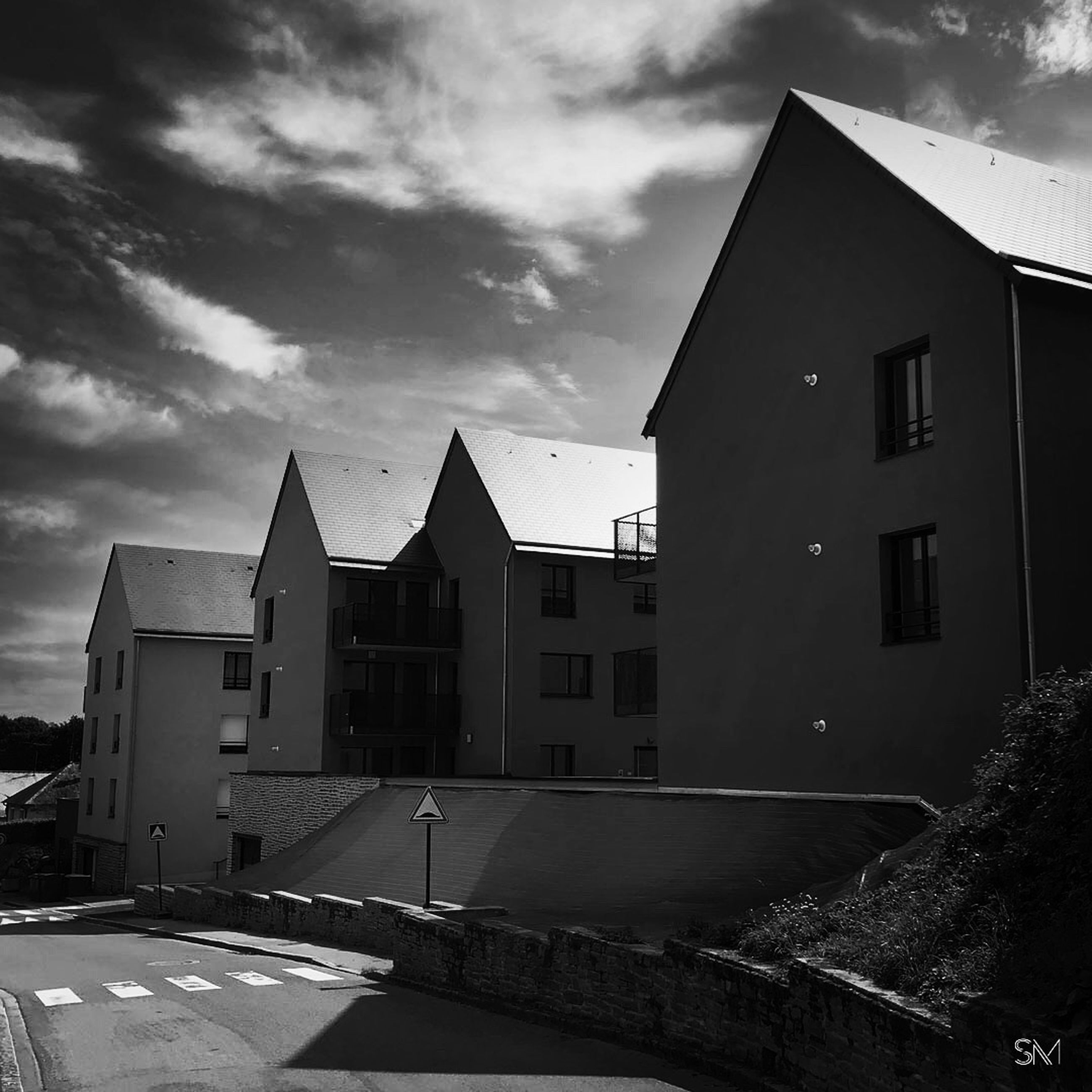 architecture, built structure, building exterior, house, building, black and white, darkness, black, sky, monochrome, white, cloud, monochrome photography, light, residential district, city, no people, nature, night, street, outdoors, road, transportation
