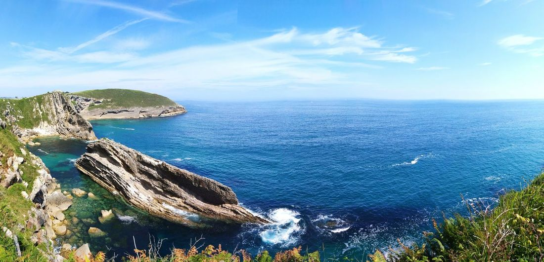 Llanes Asturias Llanes Asturies Asturias Sea Nature Sky Scenics Outdoors Cloud - Sky Horizon Over Water Tranquility Water Blue Beauty In Nature No People Beach Day Landscape Mountain Tree Nature_collection Nature Photography Tranquil Scene Asturias Paraiso Natural🌿🌼🌊🌞