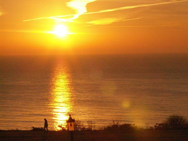 Frinton on sea Sunset Seascape Seaside Sea And Sky Seaview Sea View Silhouette Frinton On Sea Coast Sunrise Sunlight Golden Hour Golden Light Frinton-on-Sea