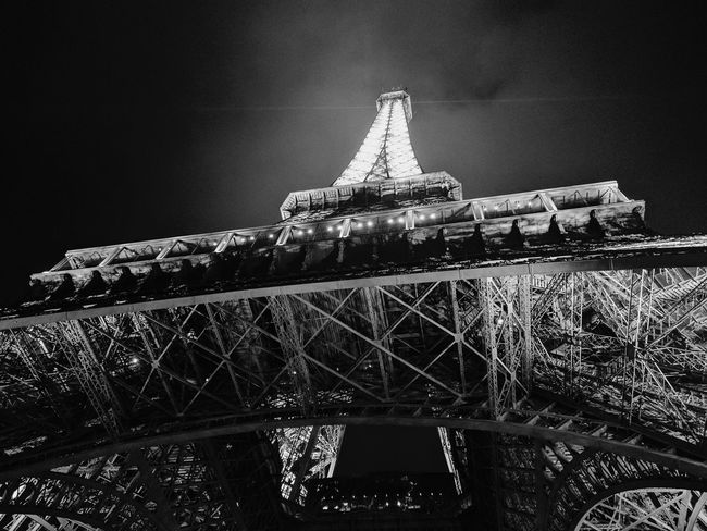 Night Illuminated Architecture Travel Destinations Built Structure No People Low Angle View Outdoors Sky Effel Tower Effel Effeltower Effel Tower Pari Paris, France  Xpro2 Fujifilm X-pro2 Fujifilm_xseries Traveling Travel Paris Travel Photography Low Angle View