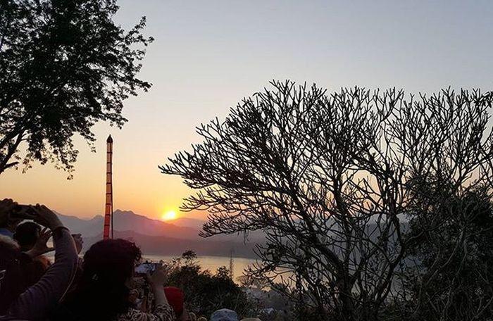 ☆ 엉뚱한곳에서 멍때리다 놓칠뻔한 라오스 루앙프라방 의 일몰 . RAOS Luangprabang Phousi Sunset