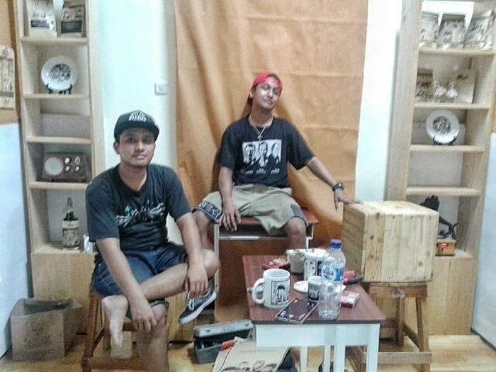 finish ! take to a kang is my adventure (tukang angkut) 😁😁😁😁. . . . By @riboet_ Jatilondo Jatibelanda Migunani Creative ArtWork Komik Lagnat Pameran Tugasakhir Institutseniindonesia .