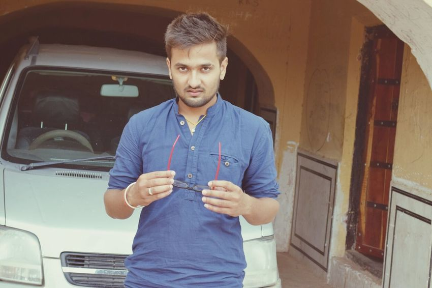That's Me Todays Hot Look Modal Nahargarh