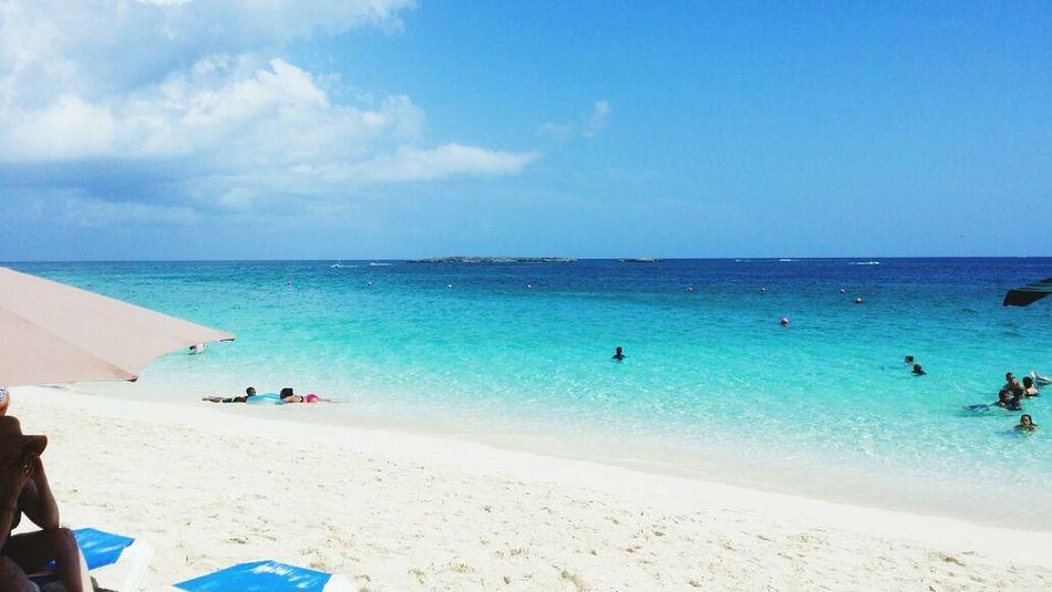 Nassau Bahamas Relaxing Enjoying Life Traveling Holiday