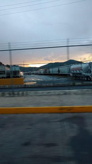 Tlalnepantla de baz, Tren suburbano, Cold evenings.