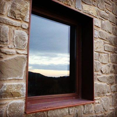 Reflejos. Skylovers Atrapanubes Igerszgz Igersaragon windows