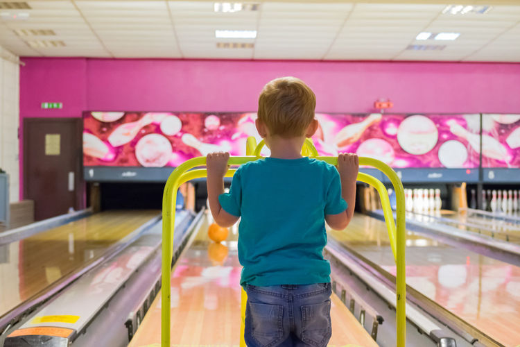 10pin Active Alley Blonde Bowling Bowlingball Child Healthy Indoors  Lane Leisure Activity Lifestyles Perspective Polished Real People Sport Sport In The City Toddler  Youth Of Today