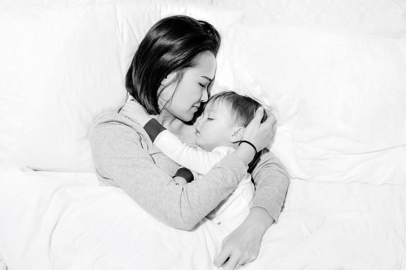 Love! Mommy Love Mommy And Son Parenthood Moment Parenthoodlove Parenthood Momandbaby Baby Childhood Love Innocence Indoors  Mother Family With One Child New Life Babyhood Bed Togetherness Embracing Cute Sleeping Real People Women