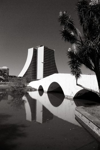 Ponte dos Açorianos Preto E Branco B&w Photography Paisagensbrasil Landscape_photography Blackandwhite Architecture Built Structure Building Exterior Outdoors No People Day Water