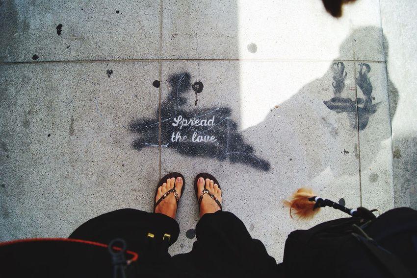 SpreadTheLove Spreadlove LoveForArt Loveforeverandalways Love Streetart Streetphotography Streetfashion Street Art/Graffiti EyeEm Best Shots