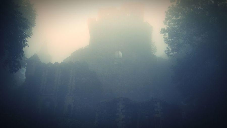 Castel ;)