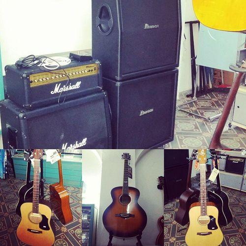 Ampli e chitarre Acusticguitar Guitar Ampli Marshall ibanez eko ekomusicgroup