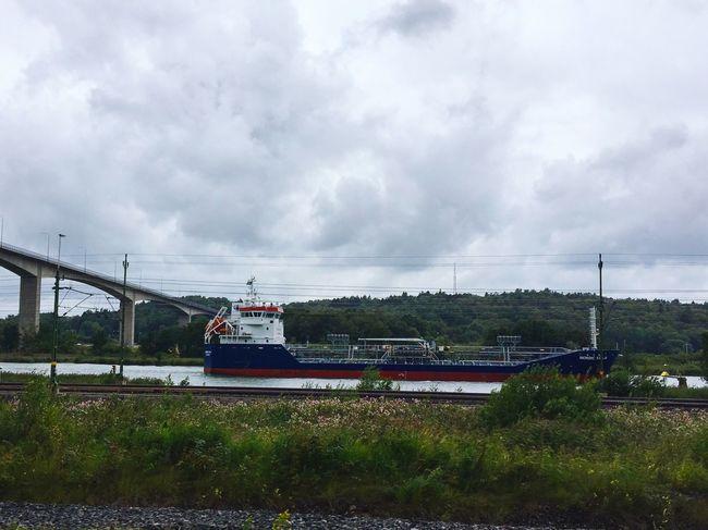 Transport Ship River Bridge Cloudy Tranquil Scene Mode Of Transport Lines Ship