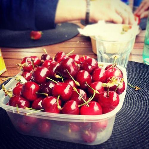 Cerise  Cherry Repas Dessert love