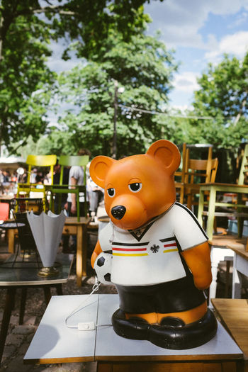 Berlin Berlin Bear Capture Berlin Close-up Day Deutschland Front View Germany Mauerpark Outdoors Summer Tree