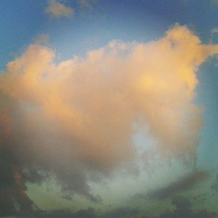 gungortumsa Sun Sunshine Sunlight Cloud Cloudatlas Cloudporn Yalova Bridge Newbridge Morning Travel Summertown Summer River Turkey Türkiye Turkishfollowers Instagram Insta Instagramturkey Instagramturkey Instagramspace Instaworld Sky Bluesky