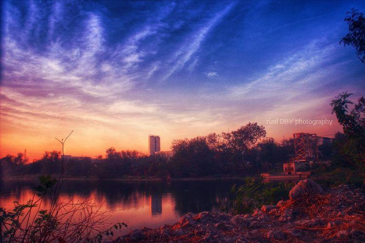 Sunrise_sunsets_aroundworld Landscape Cloud And Sky