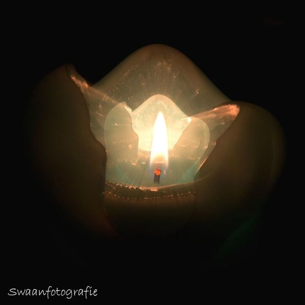 Playing With Mij Camera Mysterious Abstract Swaanfotografie Playing Candlelight My Art Fire Playtime No Photoshop
