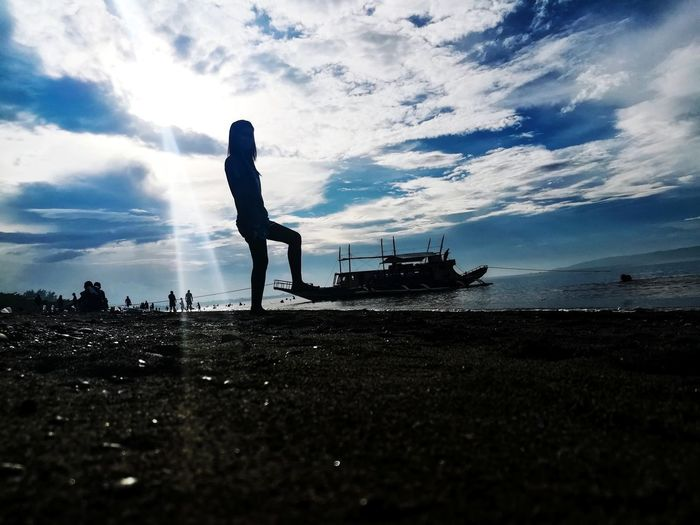 Giant Woman Boats And Water Cloudy Morning Beachphotography Artistic Photography Seashore Philippines ❤️ MindoroPH Be. Ready. EyeEmNewHere