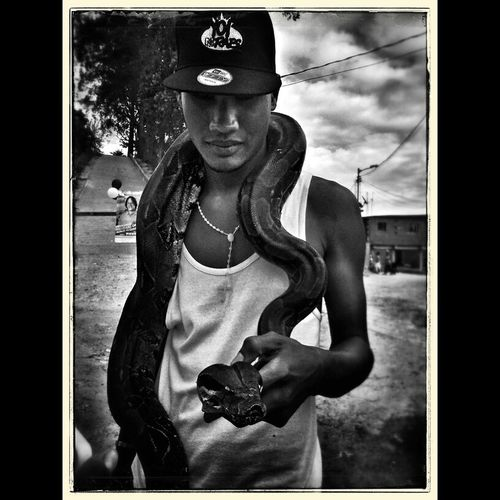 The Street Photographer - 2014 EyeEm Awards Blancoynegro Black & White Portrait Retrato Urbano people
